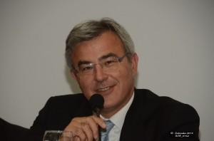 Ο κ. Νικόλας Κανελλόπουλος, συντονιστής της εκδήλωσης, απευθύνει χαιρετισμό